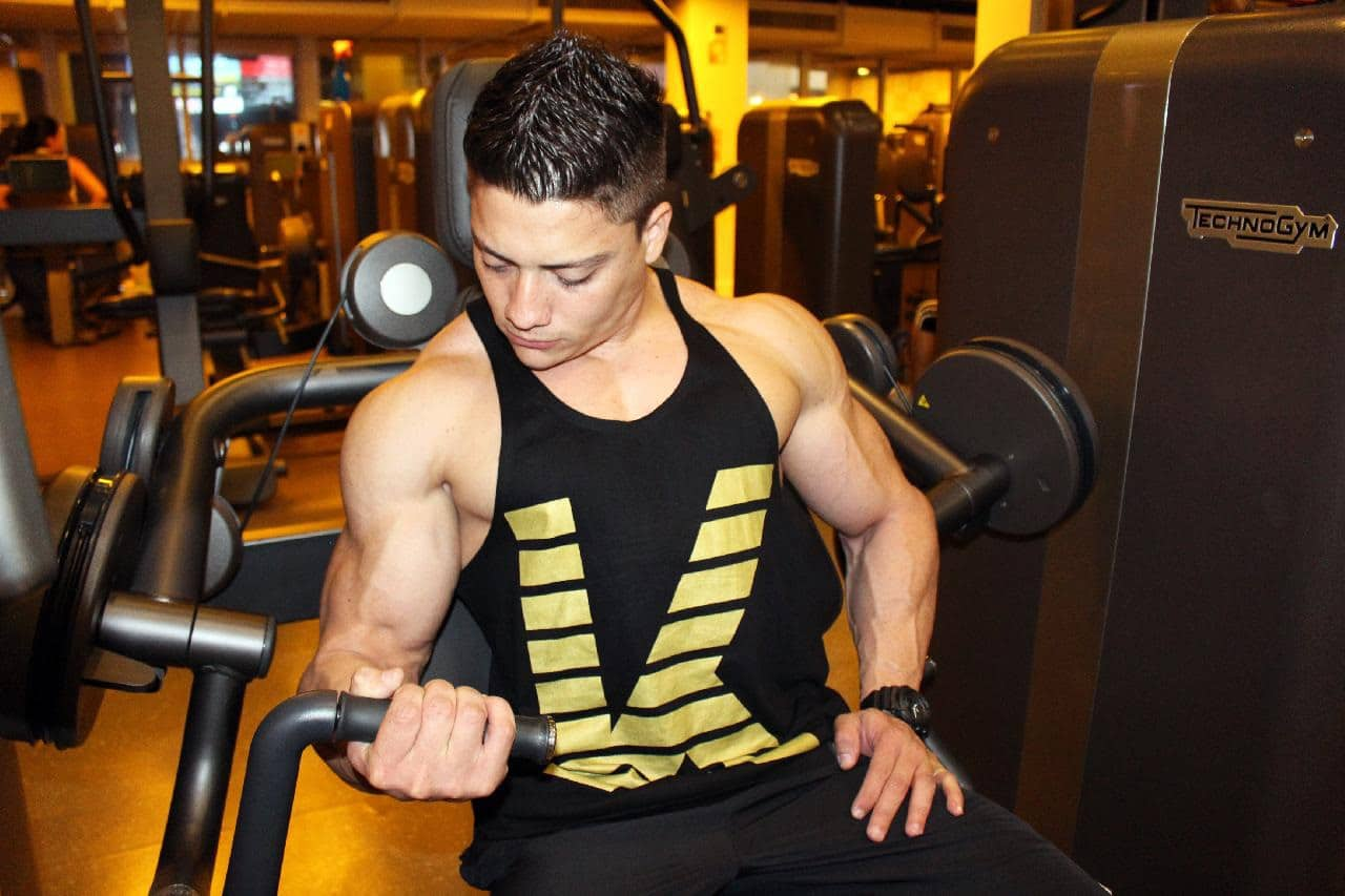 one arm bicep exercise